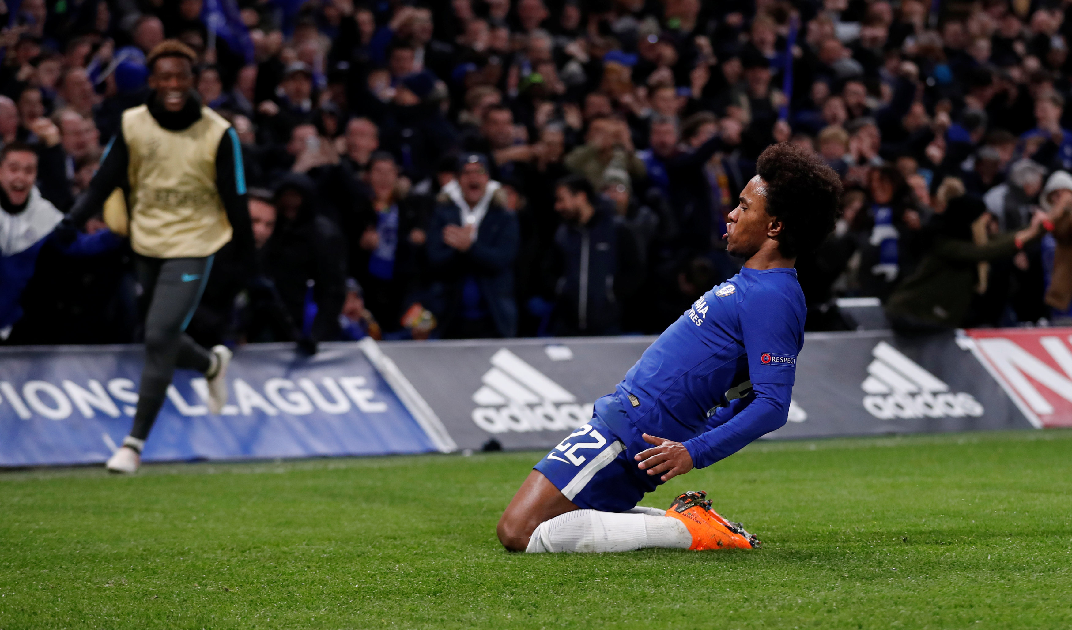 Jose Mourinho keen on summer re-union with former favourite Willian