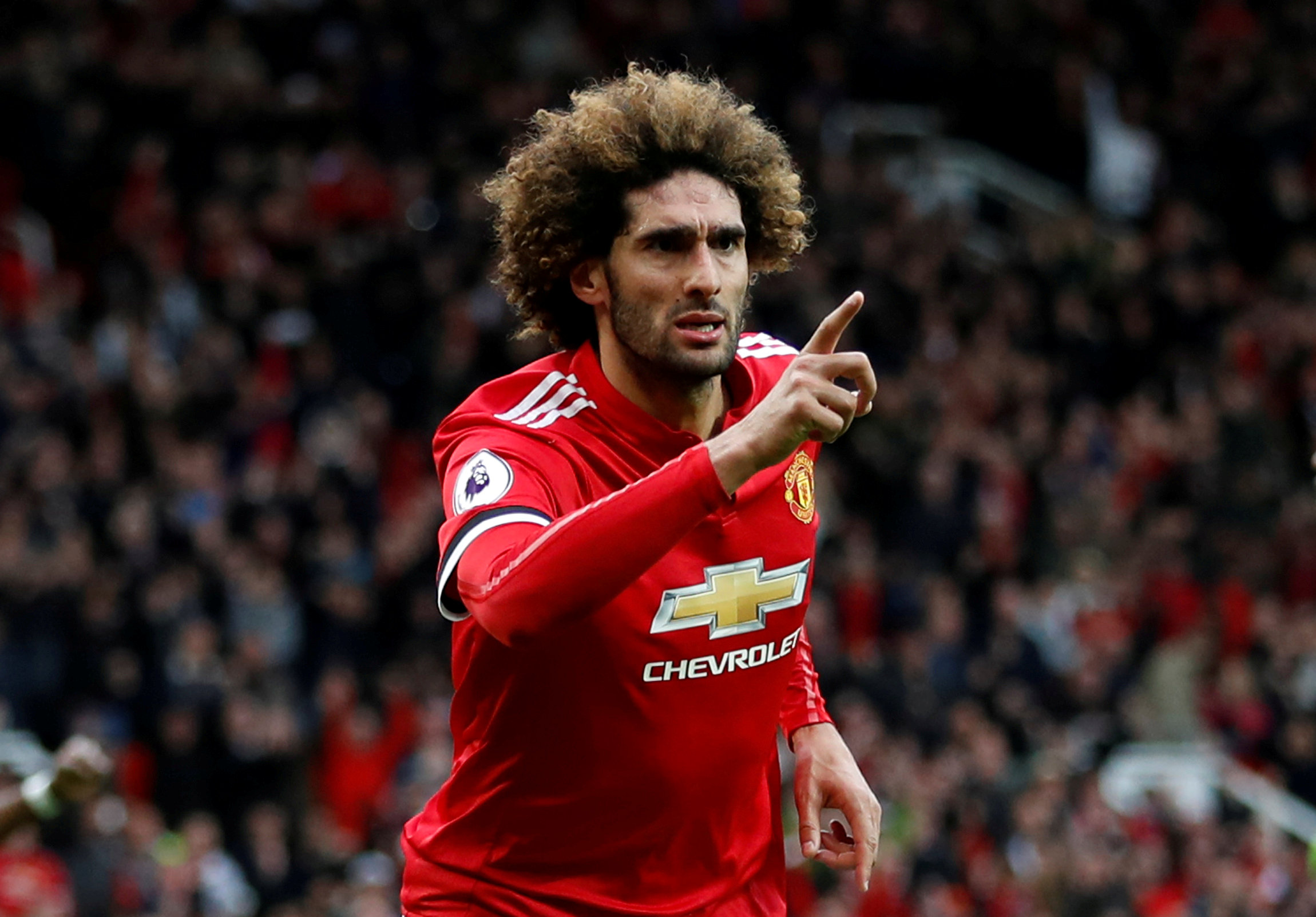 United to offer Fellaini new contract after Belgian sinks Arsenal