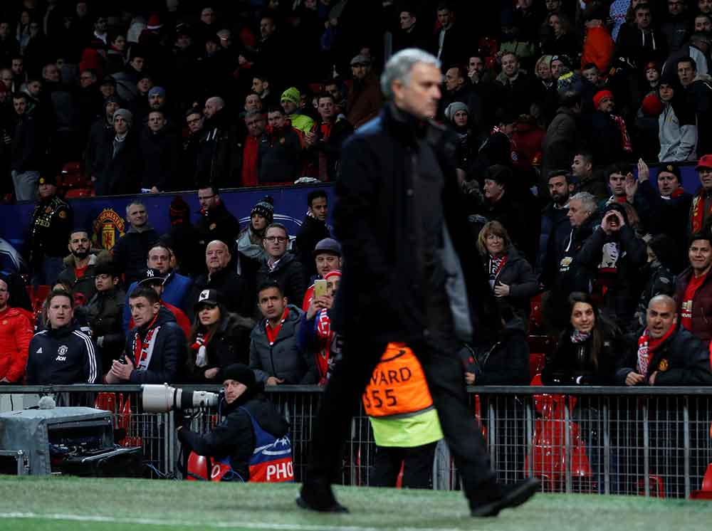 Where would Jose Mourinho go if he were to leave Manchester United?