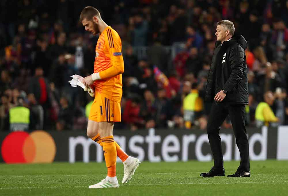Bosnich Identifies The Technical Flaw That Has Led To De Gea's Decline